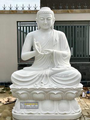 Tuong Phat Bon Su Da Trang 1832x2560 1