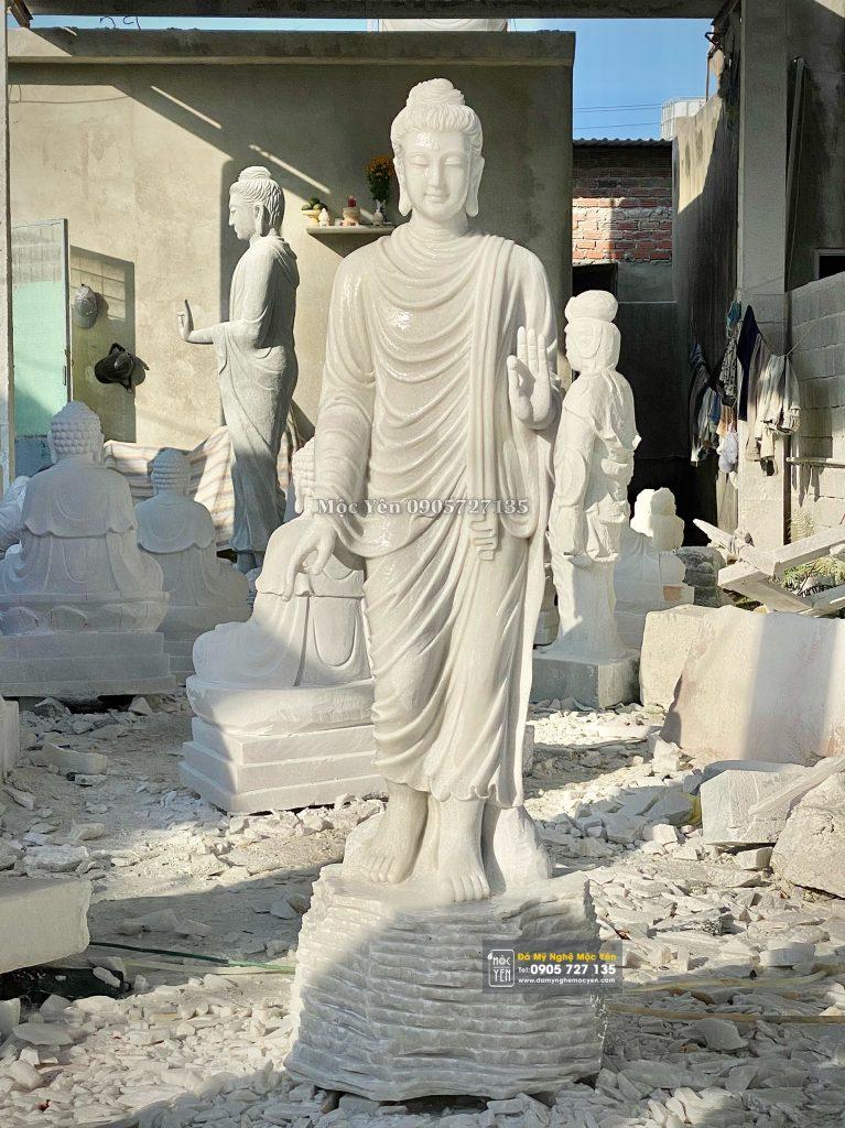 Tượng Phật Thích Ca ban phước đẹp nhất